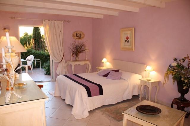 Chambres d 39 hotes de charme les roches rouges chambre d - Chambre d hote de charme deauville ...