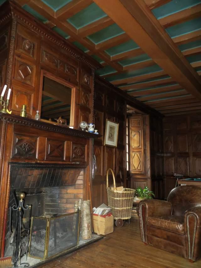 les volets bleus chambre d 39 h te aumont aubrac lozere 48. Black Bedroom Furniture Sets. Home Design Ideas