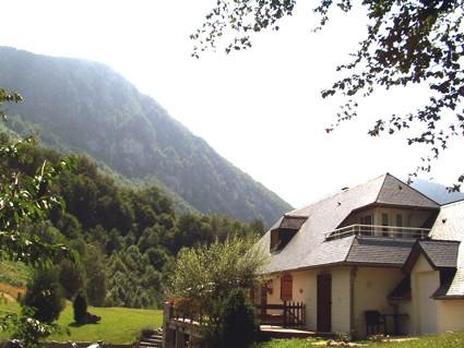Maison le pelouha chambre d 39 h te lourdios ichere pyrenees atlantiques 64 - Chambre d hotes pyrenees atlantiques ...