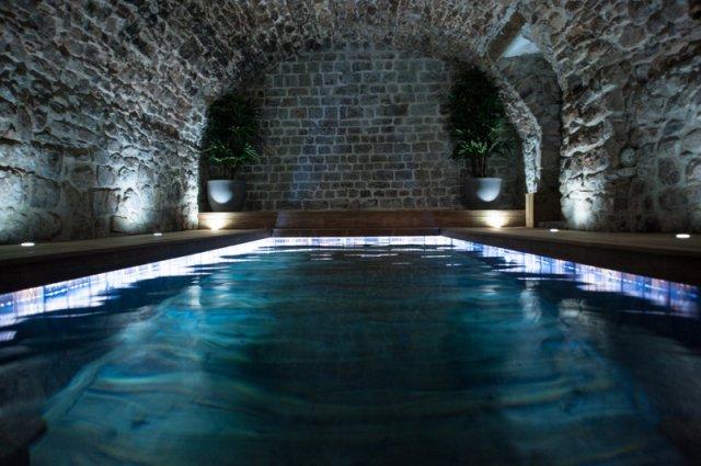 La grande lauzade chambre d 39 h te le luc en provence var 83 - Maison d hote en alsace avec piscine ...