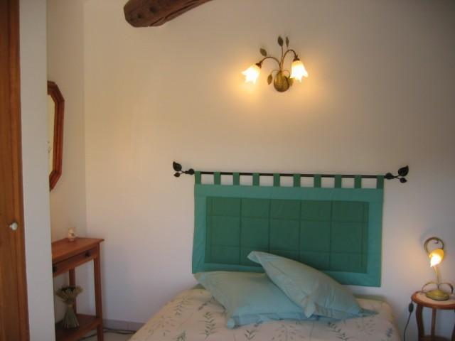 Les senteurs chambre d 39 h te althen des paluds vaucluse 84 - Chambre d hote de charme vaucluse ...