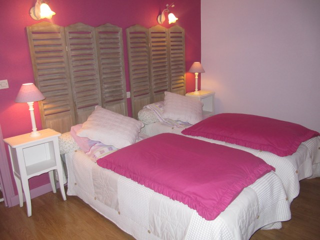 au vieux pressoir chambre d 39 h te caussens gers 32. Black Bedroom Furniture Sets. Home Design Ideas