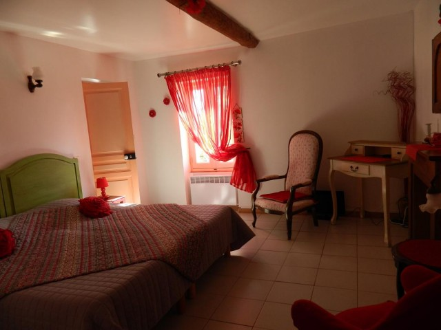 la noria chambre d 39 h te cazouls les b ziers herault 34. Black Bedroom Furniture Sets. Home Design Ideas