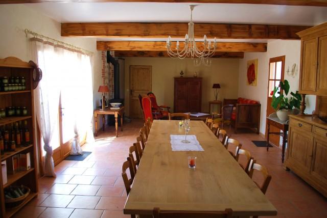 mas du sabartes chambre d 39 h te trouillas pyrenees orientales 66. Black Bedroom Furniture Sets. Home Design Ideas