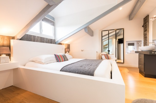 la ferme elhorga chambre d 39 h te saint p e sur nivelle pyrenees atlantiques 64. Black Bedroom Furniture Sets. Home Design Ideas