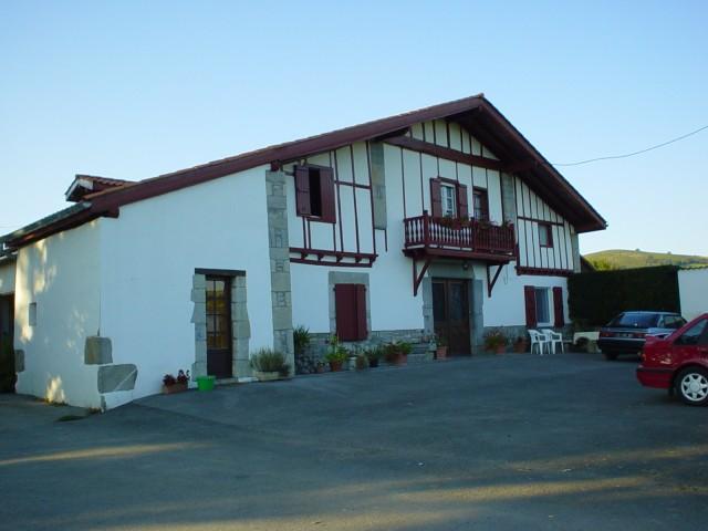 Etchemendigaraya chambre d 39 h te suhescun pyrenees atlantiques 64 - Chambre d hotes pyrenees atlantiques ...