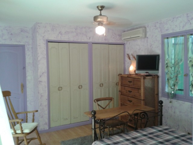 La chaberte chambre d 39 h te entraigues sur la sorgue - Chambre d hote isle sur la sorgue pas cher ...