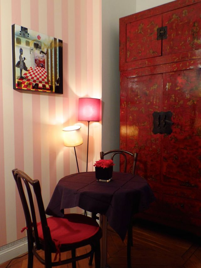 le chat perch chambre d 39 h te lyon rhone 69. Black Bedroom Furniture Sets. Home Design Ideas