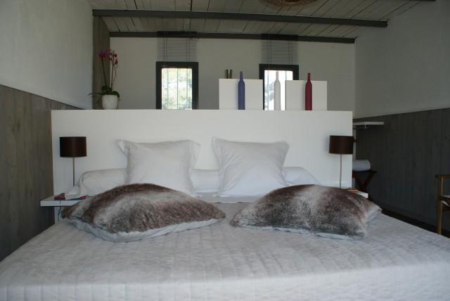 l 39 auberge de l 39 aubergine chambre d 39 h te eygali res bouches du rhone 13. Black Bedroom Furniture Sets. Home Design Ideas