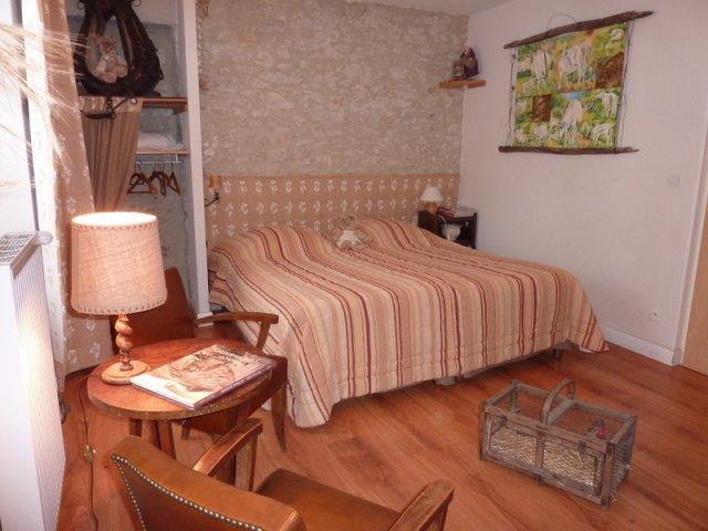 la vercorelle chambre d 39 h te l oncel drome 26. Black Bedroom Furniture Sets. Home Design Ideas