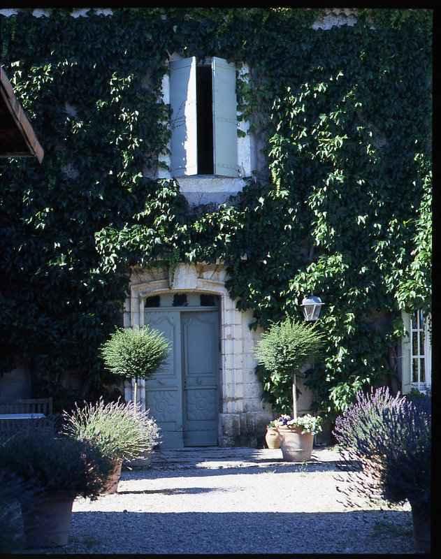 Chateau de fontblachere chambres d 39 hotes de charme st lager bressac ardeche 07 - Chambre hote charme ardeche ...