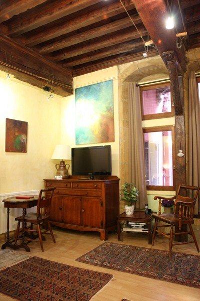 Vieux lyon cour renaissance studio appartement lyon - Appartement vieux lyon ...