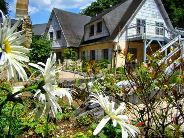 les jardins de sainte maxime 12 place jean mermoz design de maison design de maison. Black Bedroom Furniture Sets. Home Design Ideas
