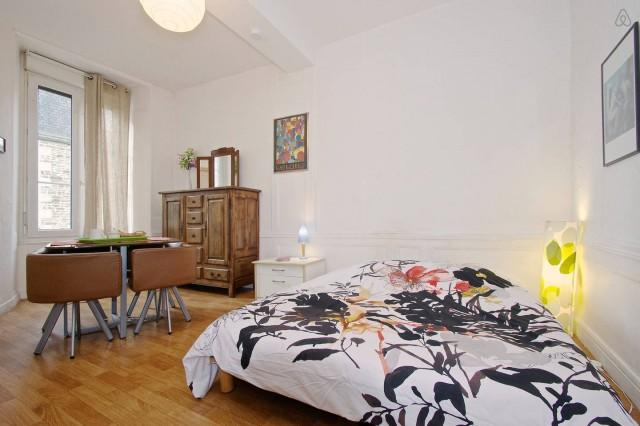 Hotel lariboisiere g te ou chambres d 39 h tes fougeres ille et vilaine 35 - Gite ou chambre d hote difference ...