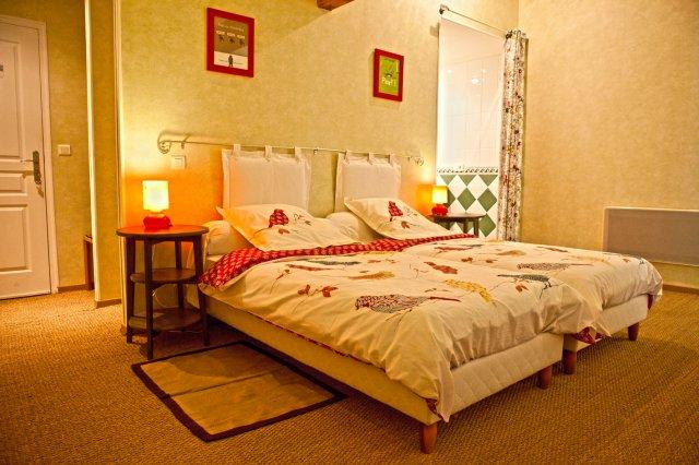 la fresnee chambre d 39 h te mosles calvados 14. Black Bedroom Furniture Sets. Home Design Ideas