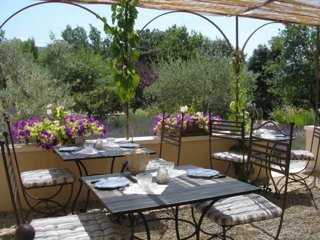 Le clos des lavandes chambres d 39 h tes de charme en provence luberon avec terrasses priv es - Chambre d hote de charme vaucluse ...