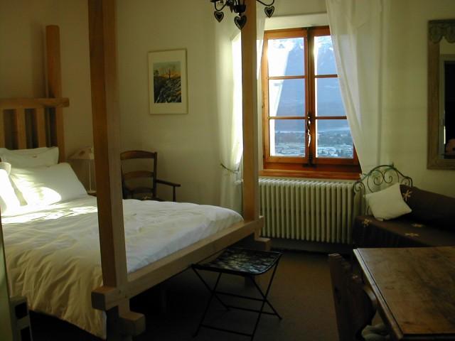 La maison des pins chambre d 39 h te st jorioz haute for Chambre d hote haute savoie