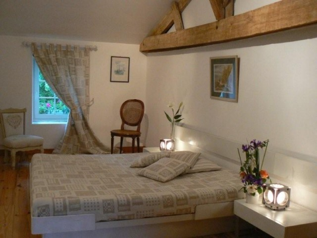 Chambre d 39 h tes de charme chambre d 39 h te trizay - Chambres d hotes de charme charente maritime ...