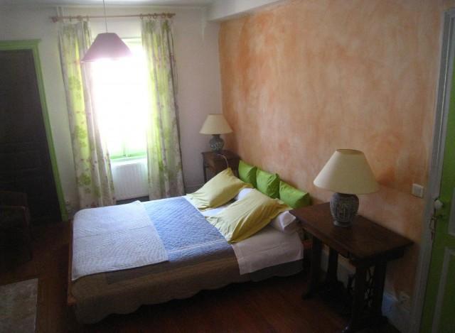 beaune nuit chambre d 39 h te beaune cote d 39 or 21. Black Bedroom Furniture Sets. Home Design Ideas