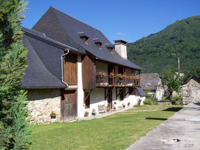 La condorinette chambre d 39 h te arrens marsous hautes for Maison hote pyrenees