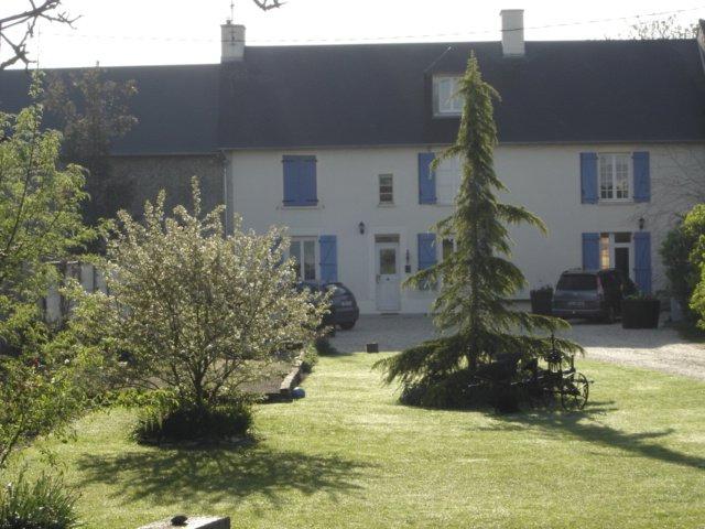 Ancienne ferme villeroy chambre d 39 h te cuverville caen for Maison hote caen