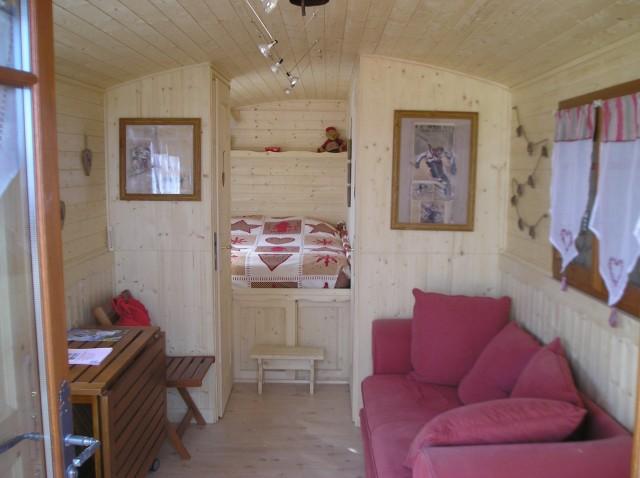 Roulotte et chambre lac leman chambre d 39 h te excenevex for Chambre d hote haute savoie
