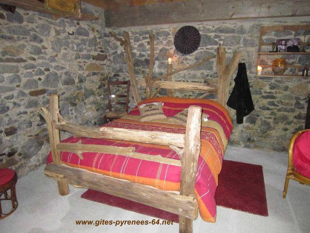 Le cayolar chambre d 39 h te oloron sainte marie pyrenees atlantiques 64 - Chambre d hotes pyrenees atlantiques ...