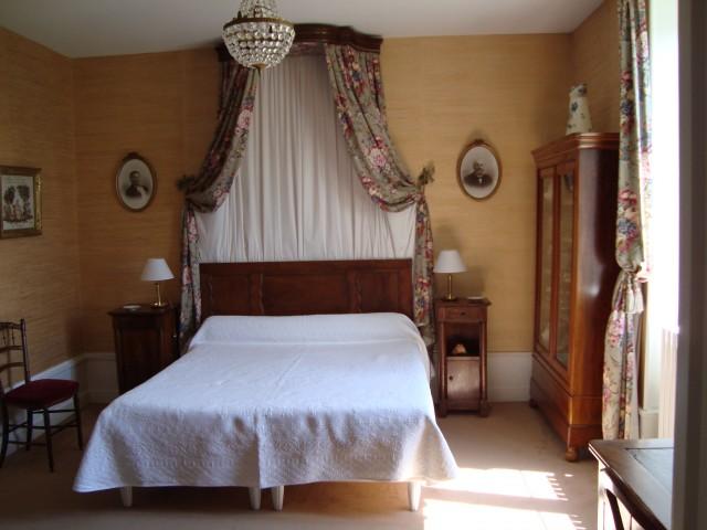 La rambaude chambre d 39 h te chaptes beauregard vendon for Chambre hote puy de dome